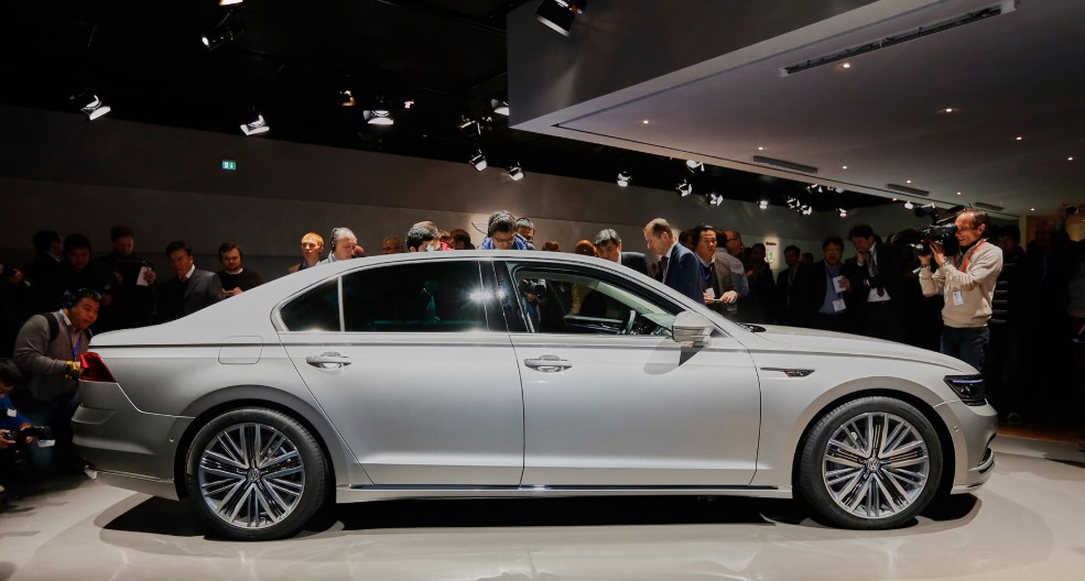 2020 Volkswagen Phideon Review 2020 Volkswagen Phideon Redesign, Release Date, Price, & Spy Shots