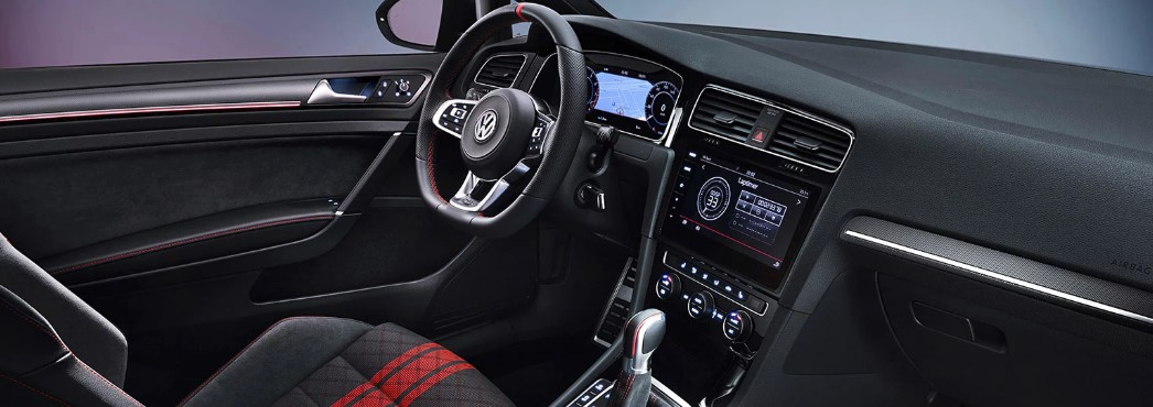 Volkswagen Golf GTI TCR 290PS Interior