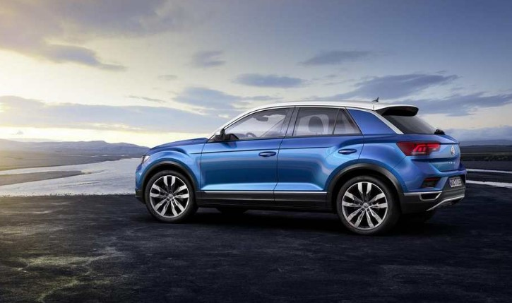 VW T Roc R 306 HP Redesign 2019 VW T Roc R 306 HP Redesign, Spy Shots, Release Date, & Price