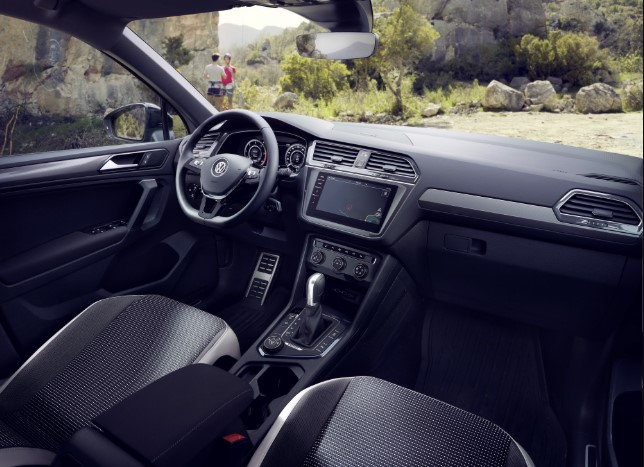 VW Tiguan 2.0 TDI 300 HP Mcchip DKR Stage 1 Interior 2019 VW Tiguan 2.0 TDI 300 HP Mcchip DKR Stage Spy Shots, Redesign, Release Date, & Price