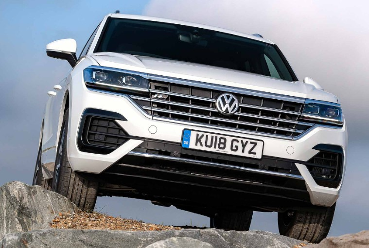 2019 VW Touareg 3.0 V6 TDI 286 HP Review 2020 VW Touareg 3.0 V6 TDI 286 HP 100 KM/H Review, Specs, Redesign, & Engine