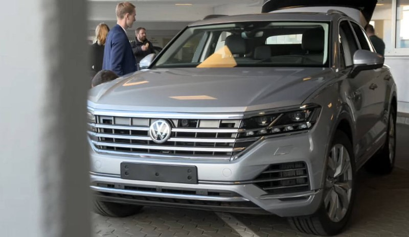 2019 VW Touareg 2019 VW Touareg Tech Packed Comfortable Cruiser Release Date, Price, Spy Shots, & Redesign