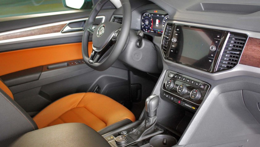Volkswagen Atlas R Fit In Orange Interior