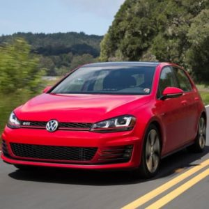 2021 Volkswagen Golf SE Manual