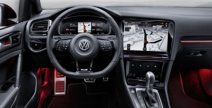 VOLKSWAGEN GOLF EIGHTH-GEN INTERIOR