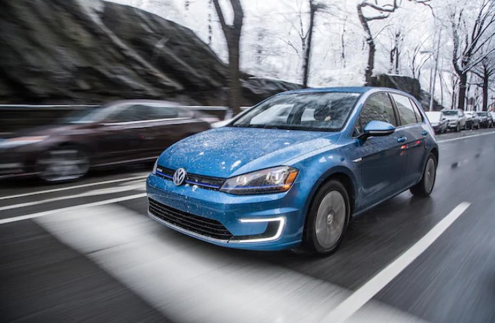 Volkswagen e Golf SEL Premium 2021 Volkswagen e Golf SEL Premium Review, Specs, Engine, & Performance