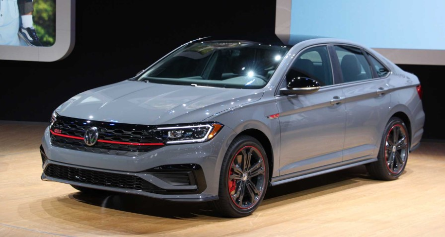 2019 VOLKSWAGEN JETTA GLI 2019 VOLKSWAGEN JETTA GLI DEBUTS WITH GTI PERFORMANCE REVIEW, SPECS, & RELEASE DATE RUMOURS