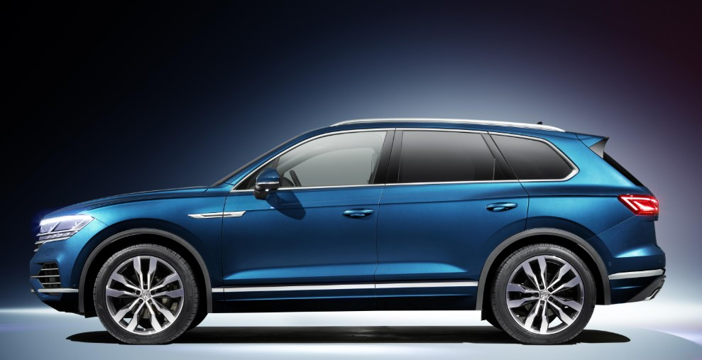 2020 Volkswagen Touareg PHEV 2020 Volkswagen Touareg PHEV 367 HP Electric Review, Specs, & Redesign