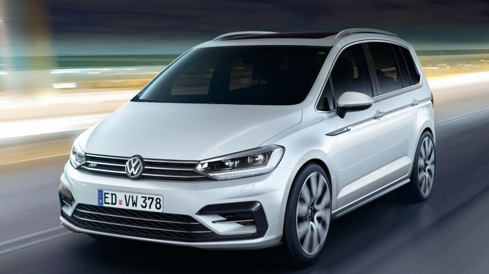 VW Touran R Line 2020 VW Touran R Line on Radi8 Wheels Specs, Engine, & Release Date Rumours