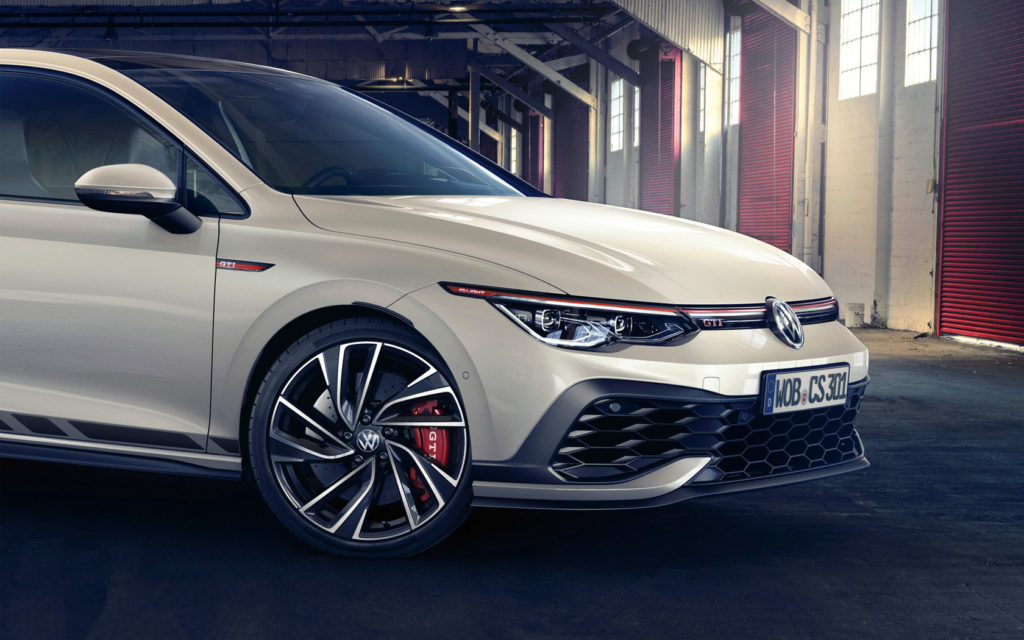 Analyzing the New Features of the 2021 VW Golf GTI Clubsport ...