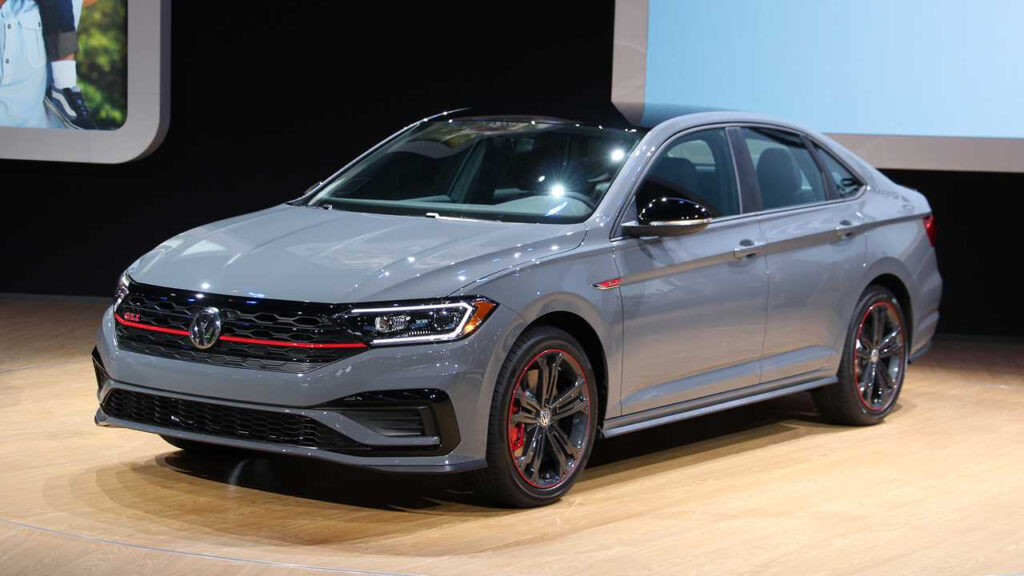 2019 Volkswagen Jetta GLI Storms Into Chicago With GTI Power
